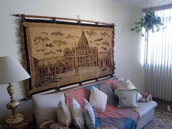 Decoração com tapeçarias nas paredes 008