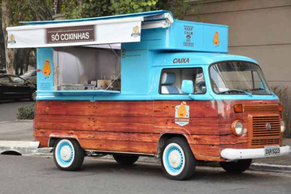 Todo o charme da Kombi Food Truck 014