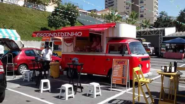Todo o charme da Kombi Food Truck 016