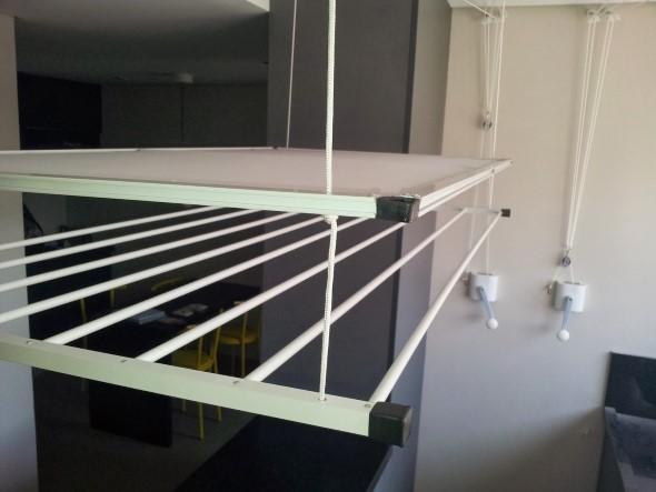 Varal para quem mora em apartamentos 015