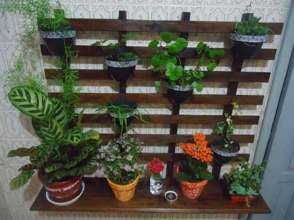 Aprenda a fazer um jardim vertical com paletes 009