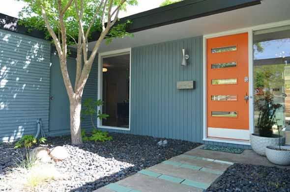 Cores das portas podem fazer diferença na decoração 014