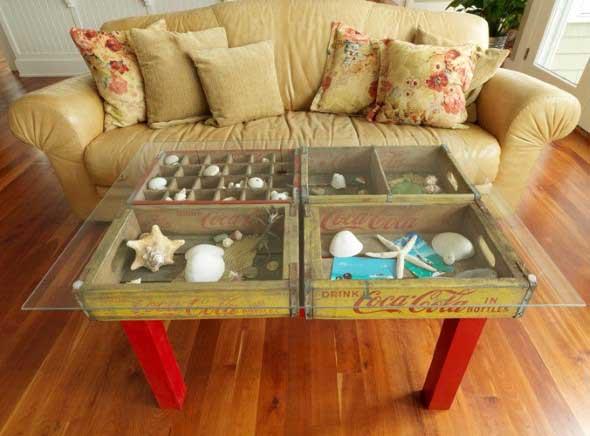 Mesas feitas com paletes e caixotes de feira 003