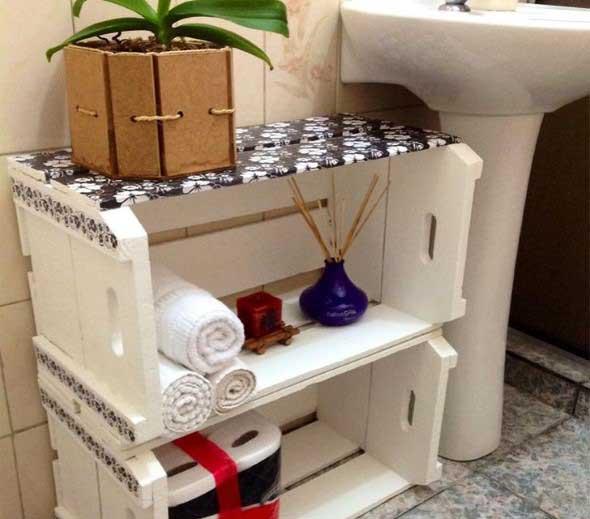 Mesas feitas com paletes e caixotes de feira 008