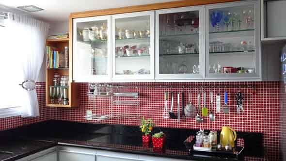Dicas para aumentar o espaço da cozinha pequena 003