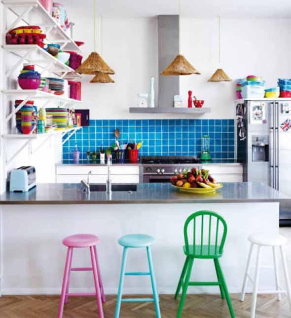 Dicas para aumentar o espaço da cozinha pequena 012