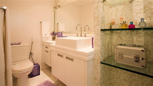 Prateleiras e nichos para banheiro 017