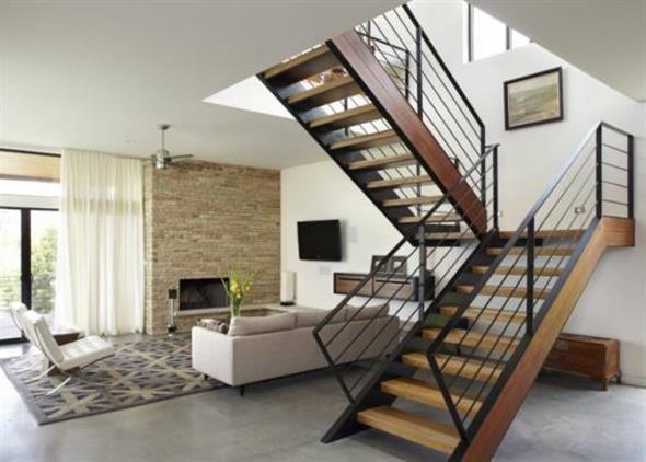 Escada em U, um modelo para espaços pequenos.