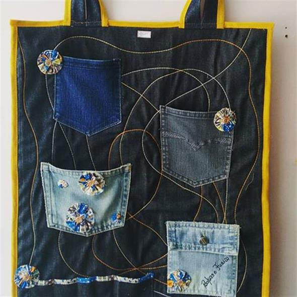Painel organizador feito de jeans 006