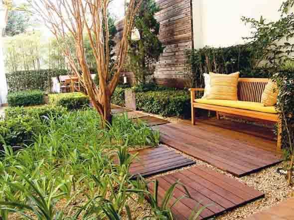 Como fazer um deck de madeira em casa 018