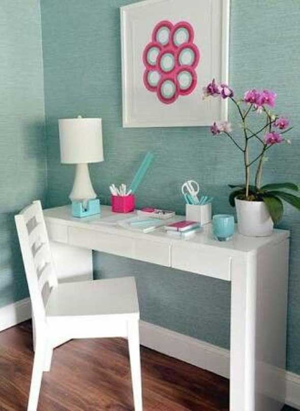 home-office-no-corredor-de-casa-013