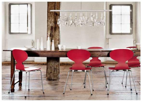 mesa-rustica-com-cadeiras-modernas-013