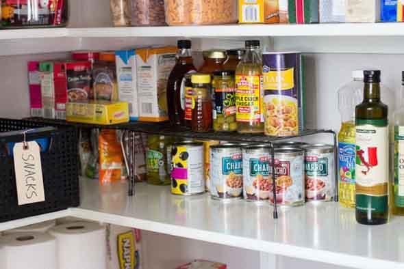 ter-uma-despensa-na-cozinha-012