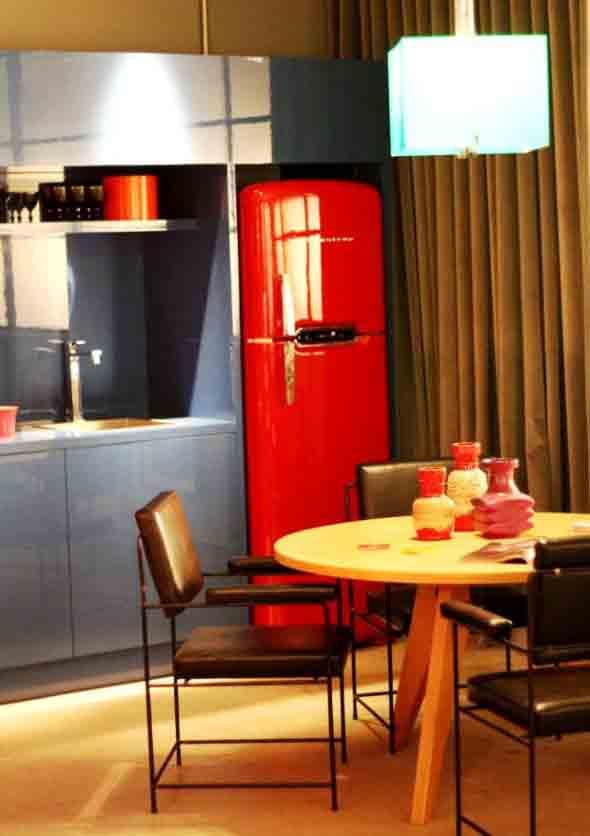 cozinhas-com-mesas-013