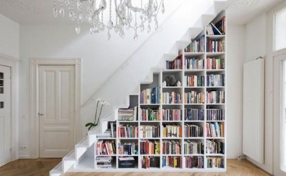 faca-do-espaco-da-escada-uma-biblioteca-001