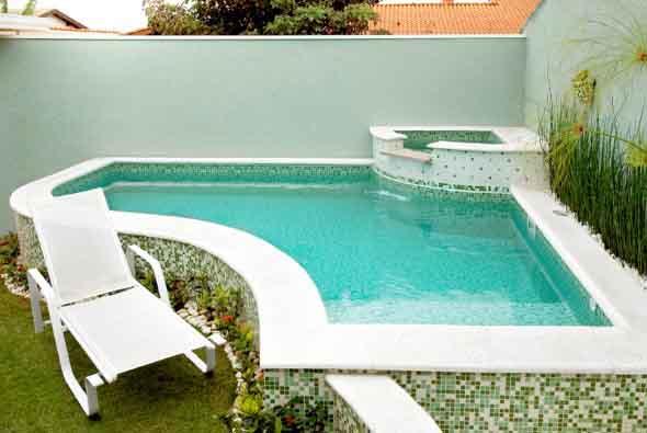 projeto-piscina-para-quintal-pequeno-002