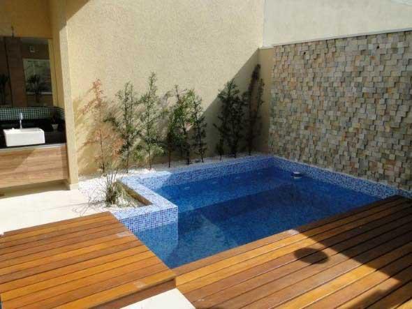 projeto-piscina-para-quintal-pequeno-007