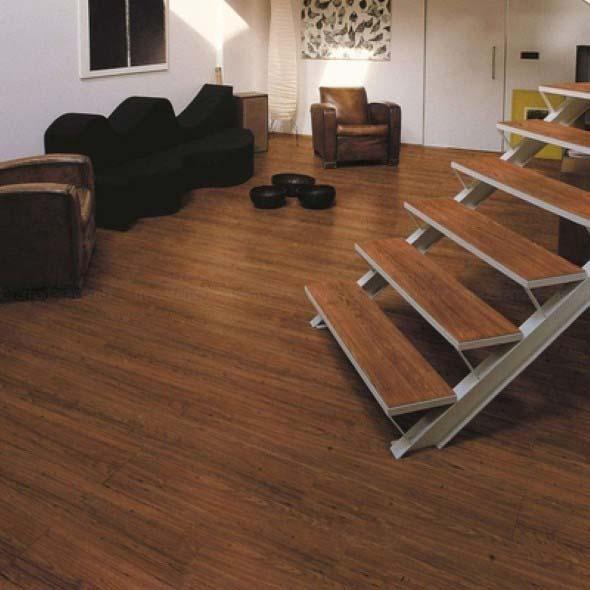 Piso de madeira laminado 018