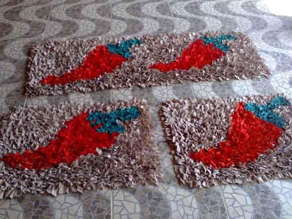 Como fazer tapete amarradinho 009