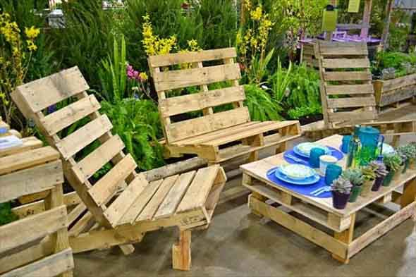 Ideias criativas para usar paletes no jardim de casa 018