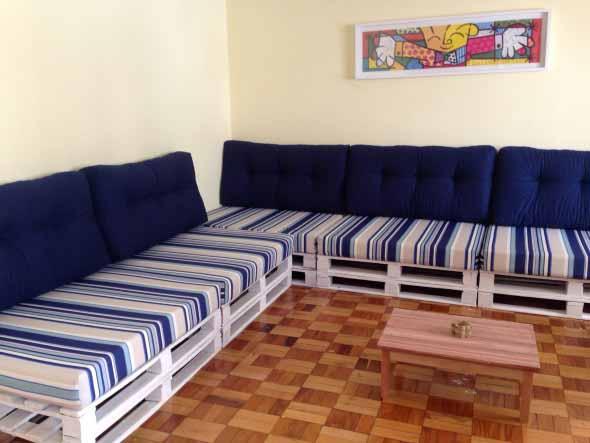 Como montar um sofá de paletes 003