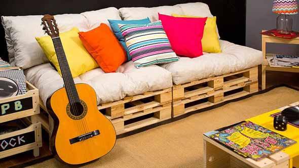 Como montar um sofá de paletes 009