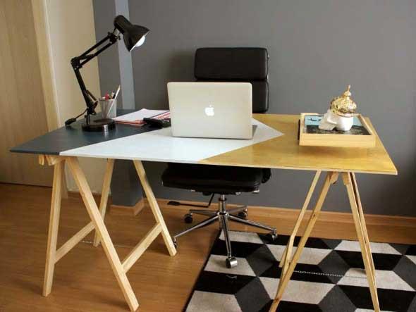Mesa com cavaletes 004