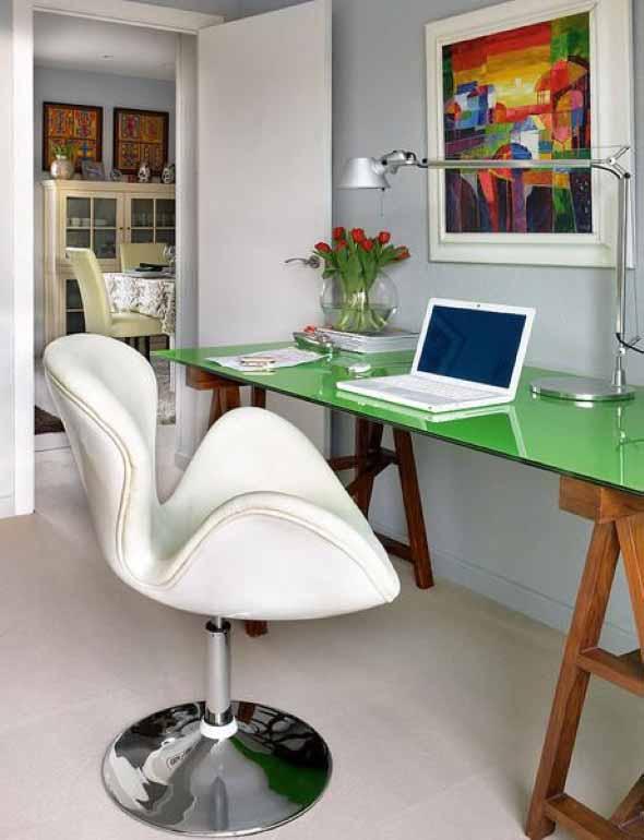 Mesa com cavaletes 024