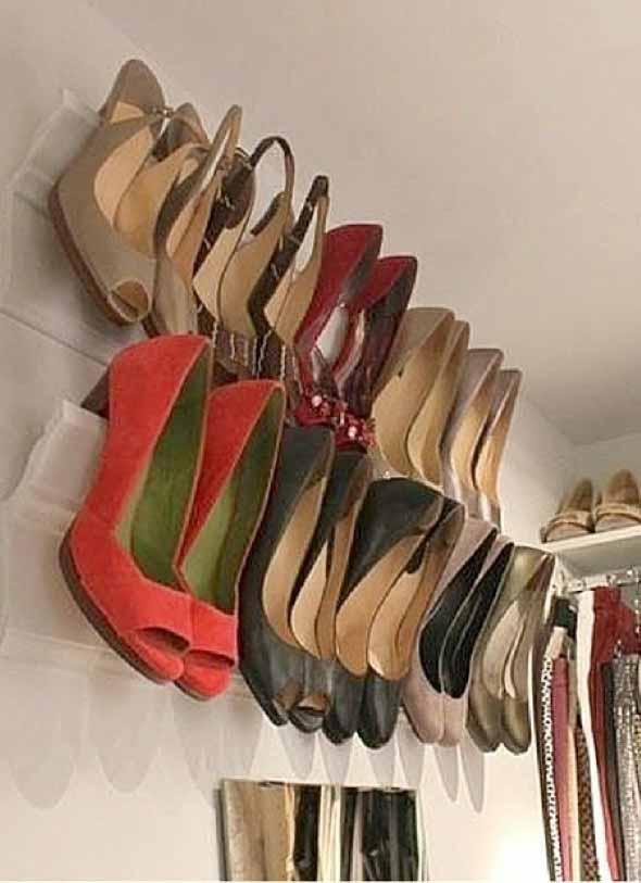 Ideias criativas para organizar e guardar sapatos 004