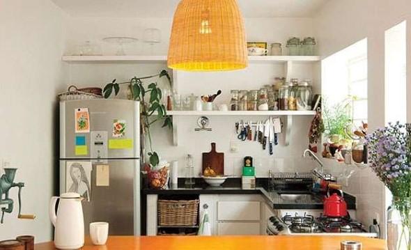 Prateleiras na decoração da cozinha 008