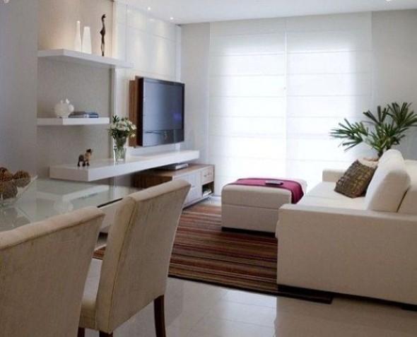 Prateleiras na sala de estar 013