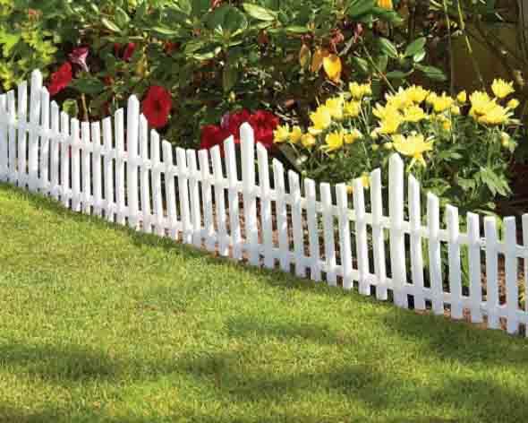 Casas com cercas de madeira 017