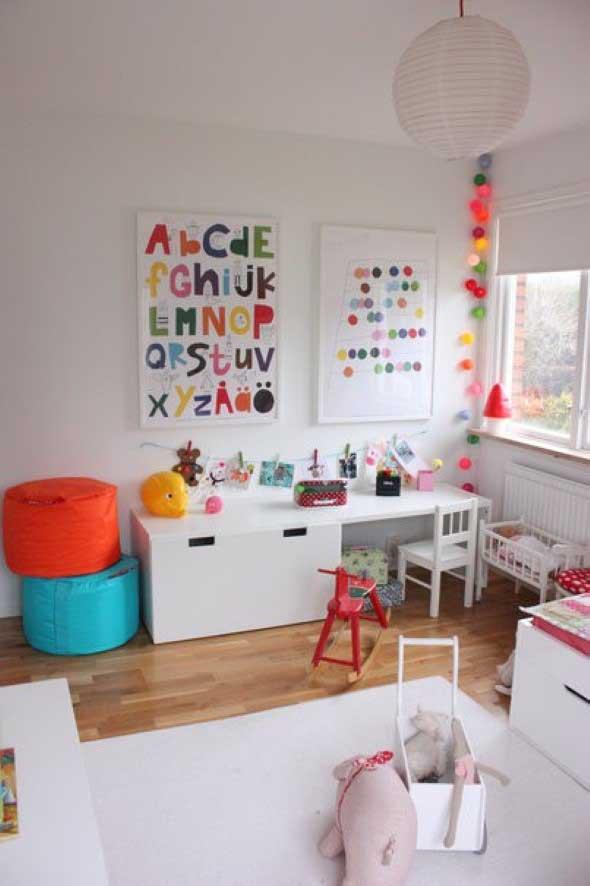 Espaço divertido para crianças em casa 011