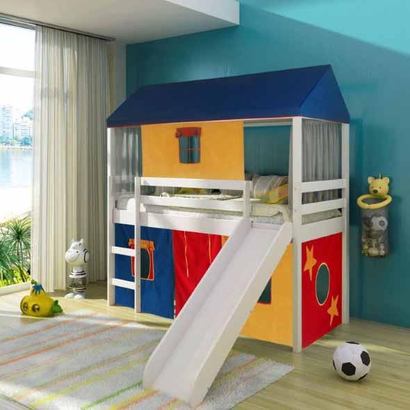 Espaço divertido para crianças em casa 021