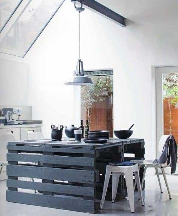 Mesa da cozinha de paletes 001