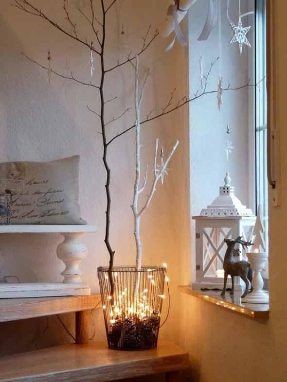 Luzes de Natal na decoração o ano inteiro 018
