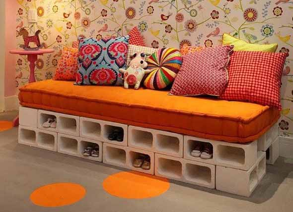 Almofadas coloridas na decoração 015