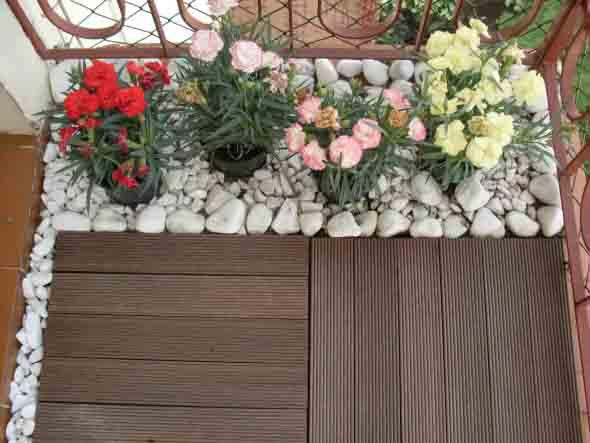 Decks de madeira na varanda 014