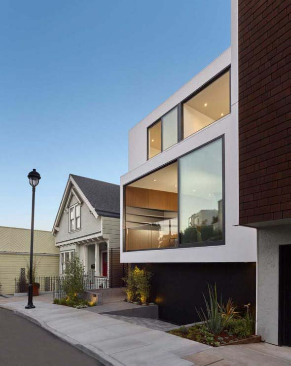 Fachadas de casa com vidros 002