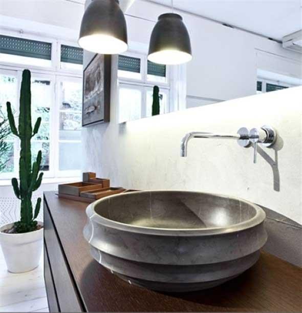 Pias de banheiro com estilo futurista 009