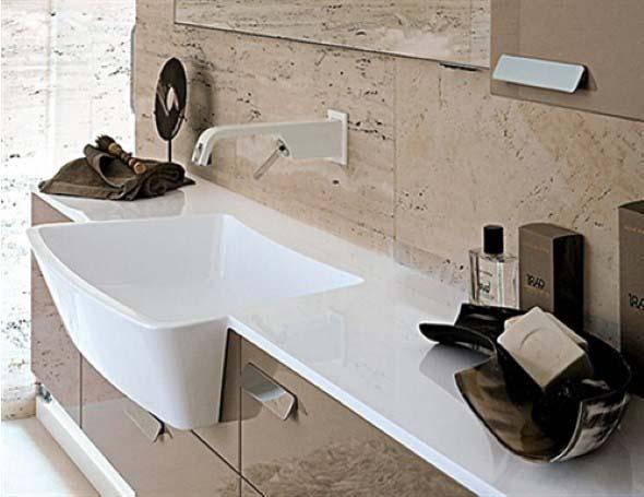 Pias de banheiro com estilo futurista 020