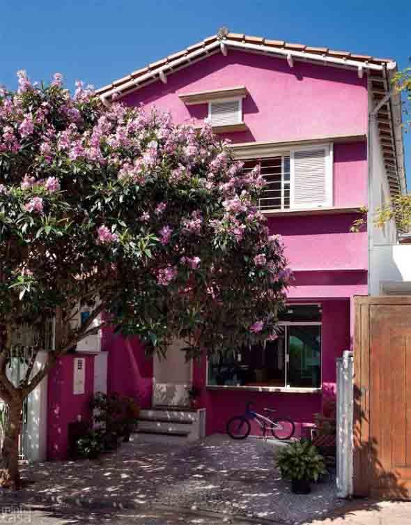 Inspire-se decorando a casa com tons de rosa 017