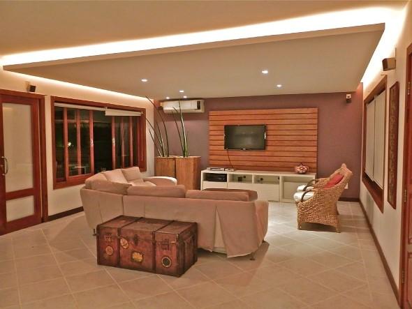 Madeira rústica para decorar a sala de estar 012
