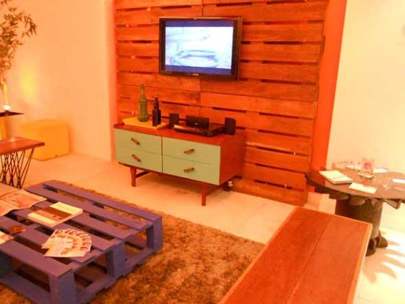 Madeira rústica para decorar a sala de estar 013
