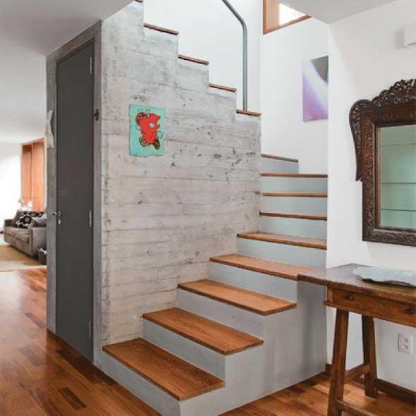 Modelos de escadas casas pequenas 013