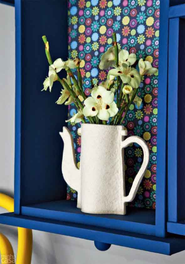 Como organizar flores com vasos artesanais 003