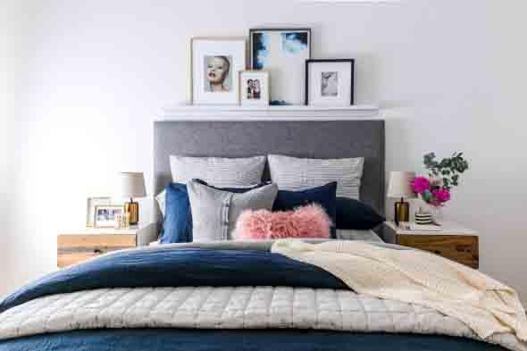 Prateleiras encima da cama 004