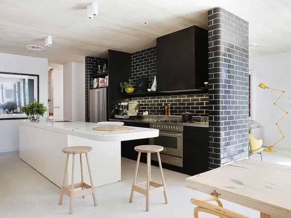 Tijolo aparente na decoração da cozinha 016
