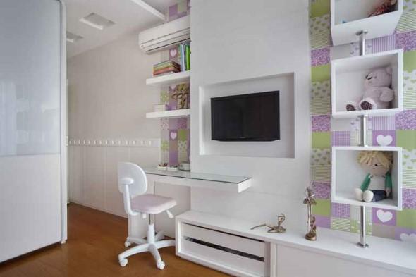 Decoração com TVs espalhadas pela casa 005