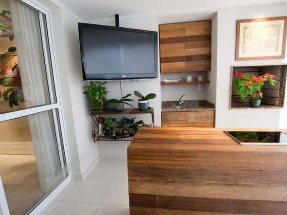 Decoração com TVs espalhadas pela casa 013